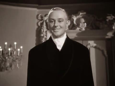 Gilda (1946) George Macready