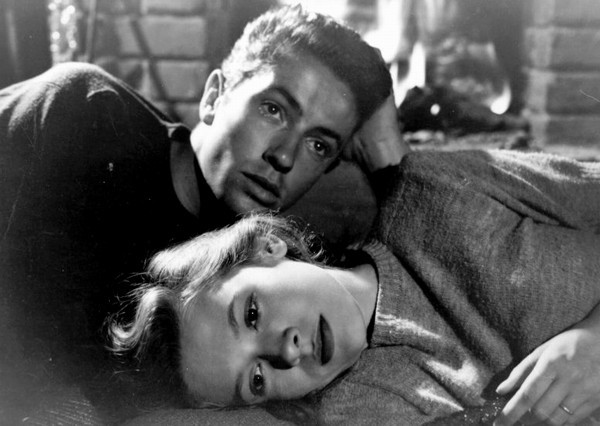 Farley Granger & Cathy O'Donnell in They Live by Night (1946)