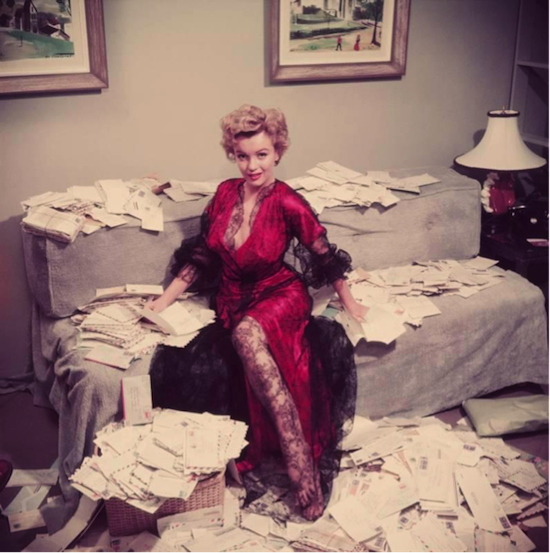 marilyn monroe with letters