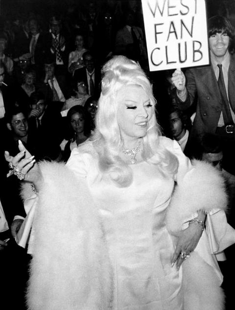 Mae West with fans