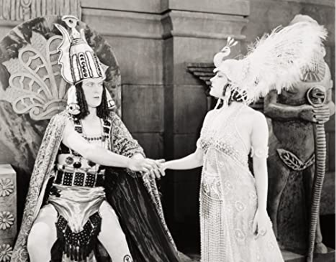 Thomas Meighan and Gloria Swanson in Male and Female (1919)