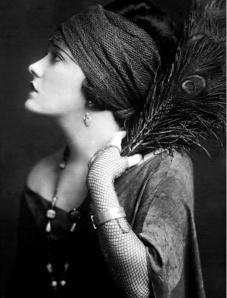 Gloria Swanson Fashion
