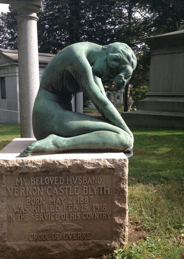 Vernon Castle grave with a ballet dancer sculpture modeled on Irene