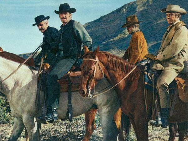Jason Robards, James Garner and Monte Markham in Hour of the Gun (1967)