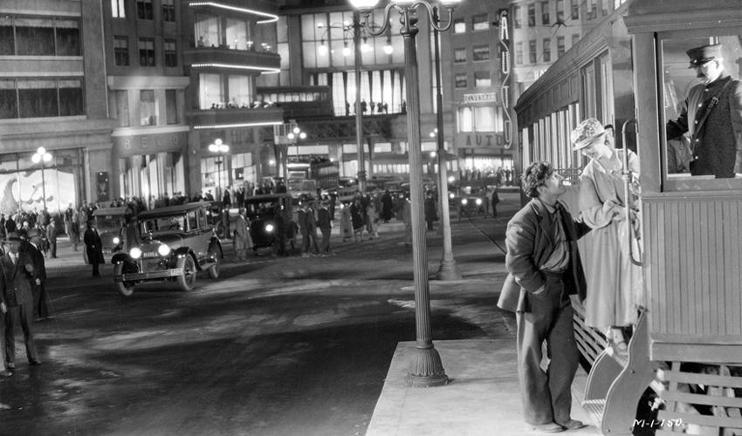 Sunrise (1927) George O'Brien and Janet Gaynor City